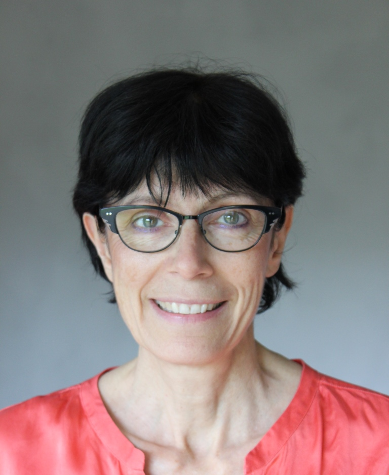 Nathalie Ferrand, chirurgien dentiste